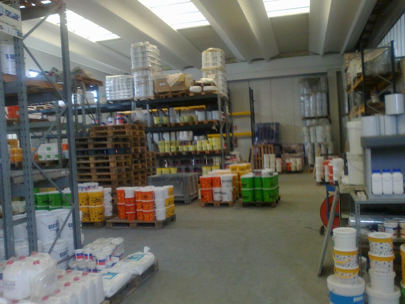deposito-vernici-fincolor-livorno (4)